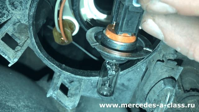Замена ламп Mercedes W169